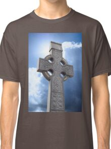 celtic cross head stone Classic T-Shirt