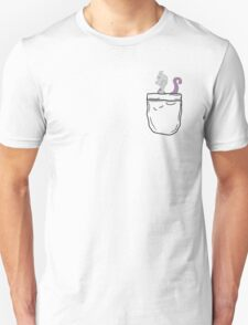 Mewtwo in a pocket! T-Shirt