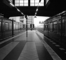 S-Bahnhof Alexanderplatz by Richard McKenzie