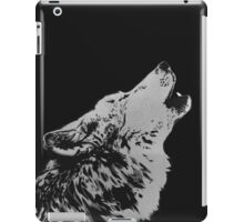 Howling Gray Wolf iPad Case/Skin