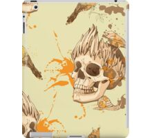 seamless pattern with skull, bird and snail, with blots of paint in background iPad Case/Skin
