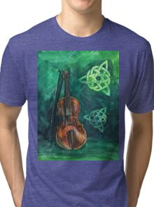 Irish violin (fiddle) on emerald background with celtic ornament Tri-blend T-Shirt