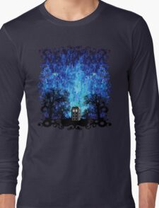 Lonely time travel phone box art painting Long Sleeve T-Shirt