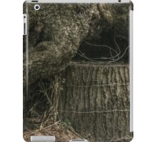 Stump Wrapped in Fence Wire iPad Case/Skin