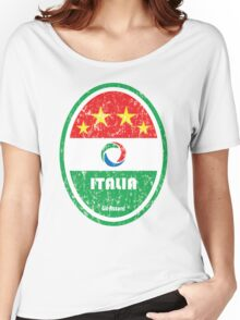World Cup Football 2/8 - Italia (Distressed) Women's Relaxed Fit T-Shirt