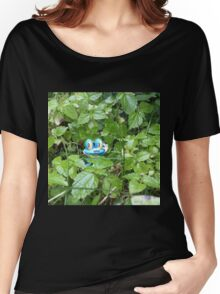 Froakie in the Forest Women's Relaxed Fit T-Shirt