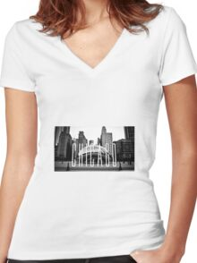 Chicago - The Bean Women's Fitted V-Neck T-Shirt