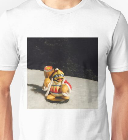 Chilly Dedede Unisex T-Shirt