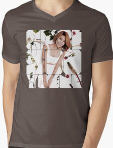 Girls' Generation (SNSD) Sooyoung Flower Typography Mens V-Neck T-Shirt