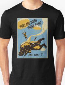 WWII VINTAGE PARATROOPER T-Shirt