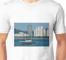 Bruma Seca Unisex T-Shirt