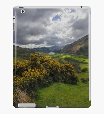 Valley Of Nant Gwynant iPad Case/Skin