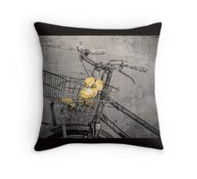 I Must Have Flowers Throw Pilow Throw Pillow