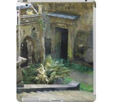 Highgate Cemetery Stairway to Heaven iPad Case/Skin