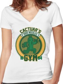 Cactuar´s Gym Women's Fitted V-Neck T-Shirt