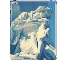 Statue angel and child on the tomb iPad Case/Skin