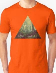 road less traveled nature explore travel redwood wanderlust print T-Shirt