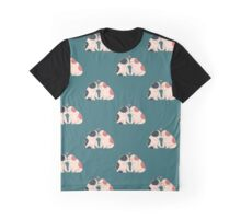 English Bulldog Kisses Graphic T-Shirt