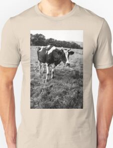Black and White Cow Unisex T-Shirt