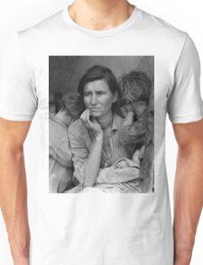Migrant Mother by Dorothea Lange (1936) Unisex T-Shirt