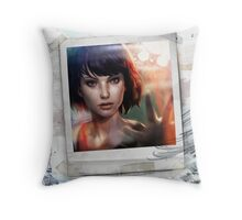 Life is Strange - The Lighthouse Throw Pillow