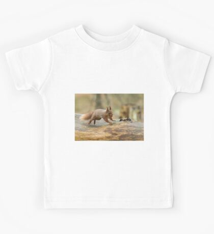 Red Squirrel Leaping Kids Tee