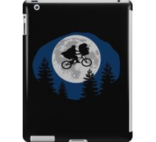 A sci-fi night iPad Case/Skin