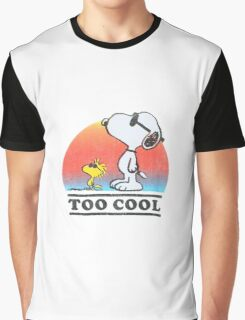 "Peanuts ""too cool"" snoopy Graphic T-Shirt"