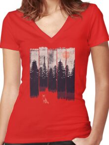 A Fox in the Wild... Women's Fitted V-Neck T-Shirt
