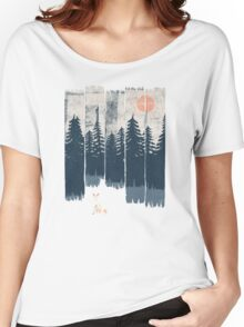 A Fox in the Wild... Women's Relaxed Fit T-Shirt