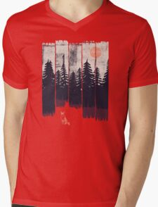 A Fox in the Wild... Mens V-Neck T-Shirt
