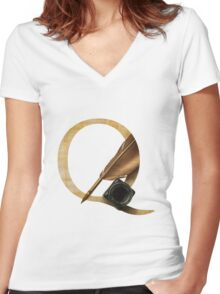 Q for Quill Women's Fitted V-Neck T-Shirt