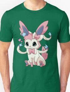 Cutesy Sylveon Pokemon T-Shirt