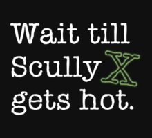 Scully Gets Hot (Black) by oddweather