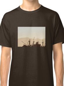 SS Jeremiah O' Brien War Ship Silhouette with Golden Gate Bridge Classic T-Shirt