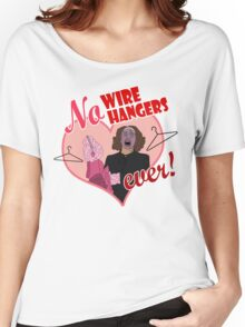 NO WIRE HANGERS Women's Relaxed Fit T-Shirt