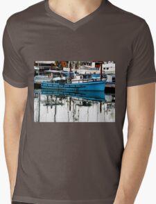 Blue Boat Mens V-Neck T-Shirt