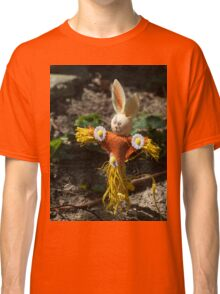 Happy easter with easter rabbit Classic T-Shirt