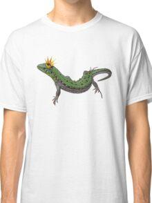 green lizard with a golden crown Classic T-Shirt