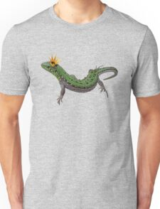 green lizard with a golden crown Unisex T-Shirt