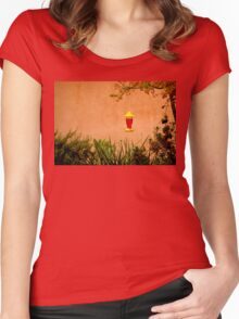 The Hummingbird Feeder Women's Fitted Scoop T-Shirt