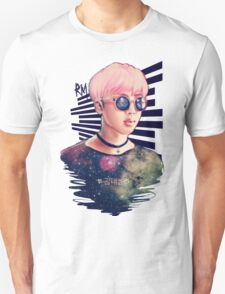 kim daily Unisex T-Shirt