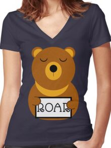 Hear the roar Women's Fitted V-Neck T-Shirt