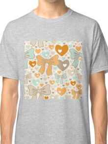 Seamless pattern with bows and hearts. Classic T-Shirt
