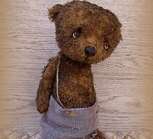Handmade bears from Teddy Bear Orphans - Bruiser by Penny Bonser