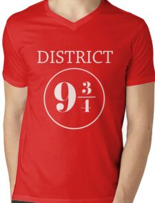 Fandom Crossover District 9 3/4 Mens V-Neck T-Shirt
