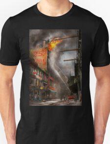 Fireman - New York NY - Show me a sign 1916 Unisex T-Shirt