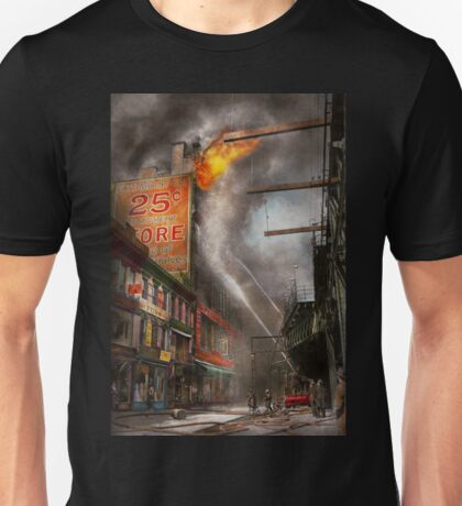 Fireman - New York NY - Show me a sign 1916 Unisex T-Shirt