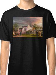 Fireman - Terry Montana - Volunteer firefighters 1939 Classic T-Shirt