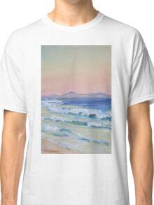 Rainbow Beach looking north at dusk Classic T-Shirt